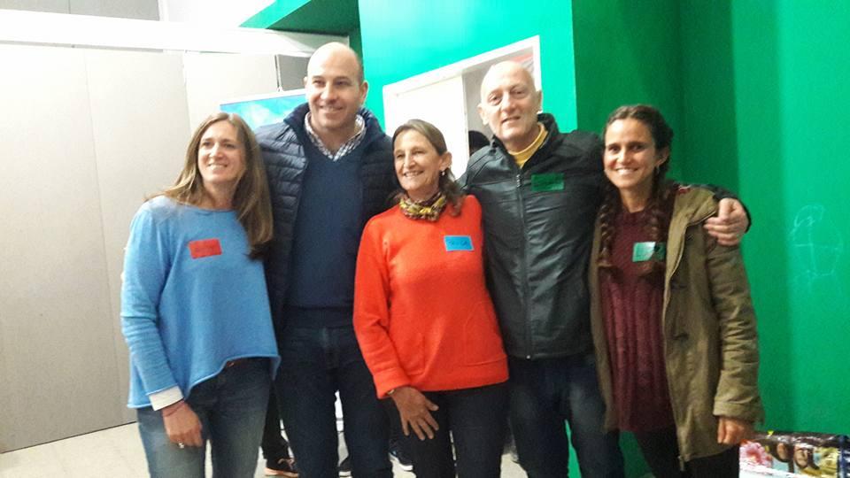 Coaches de ICF Argentina junto al intendente de Quilmes